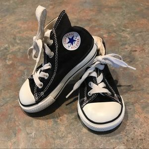 Kids/Baby Hi Top Converse All Stars Size 5